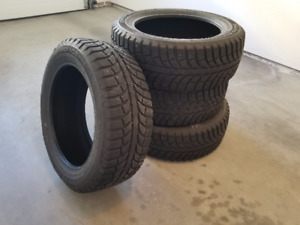 4x Slightly Used 2016 Winter Tires GT IcePro 215/55 R17