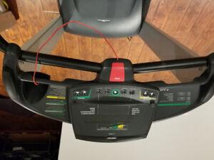 Precor treadmill M9.33, excellent condition.