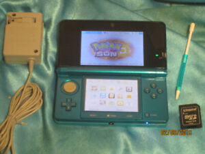3DS in Aqua with Genuine Charger 32 GB 40+ Games SNES Emulation