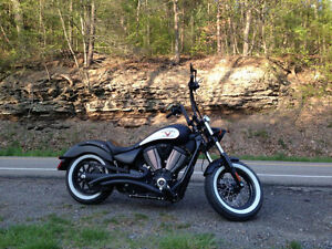 REDUCED- Price to sell- 2014 VICTORY - HIGHBALL
