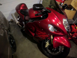 Red Hayabusa 2007, low kms , good condition