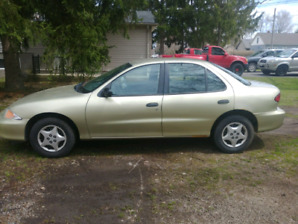 2002 Chevy Cavalier (Low KMs) (Safetied)