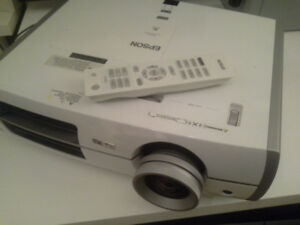 Epson PowerLite Home Cinema 6100 projector for sale (for parts)