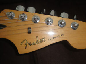 MADE IN MEXICO FENDER BLACKTOP JAZZMASTER MINT +LONG CASE $650