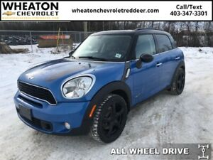 2014 MINI Cooper Countryman Base  Accident Free, AWD, Leather
