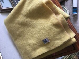 Two- Kenwood 100 % heavy wool blankets euc great brilliant color