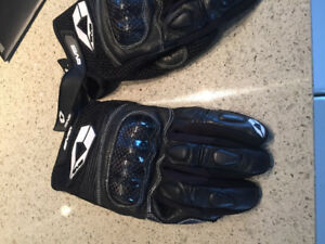 Leather armoured motorcycle gloves women/youth large