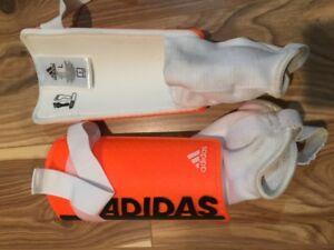Adidas Soccer shin pads men's L $12.00