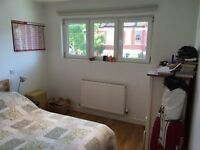 Spacious double bedroom to rent - Balham