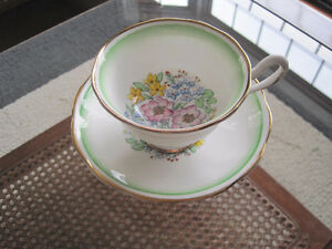 Royal Albert Tea Cup/ Saucer Sets (Page 1) Kitchener / Waterloo Kitchener Area image 3