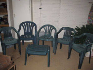 5 Outdoor Patio Chairs & Foot Rest
