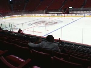 Pair of Montreal Canadiens Hockey Season Tickets REDS (45 Games)