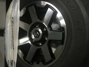 TOYOTA 4RUNNER 17 TRAIL EDITION MAGS&TIRES