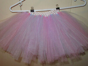"""HOMEMADE TUTUS, Waist adjusts from approx. 12"""" to 20"""" (2-5 yrs.) Stratford Kitchener Area image 1"""