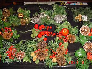 SELECTIONS OF CHRISTMAS PINE CONE PIC ACCENTS FOR DECORATING Windsor Region Ontario image 9