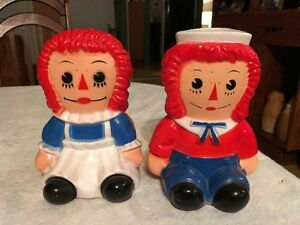 Vintage Raggedy Ann and Andy Bank