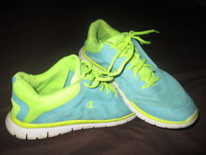 Champlain Running Shoes size 11
