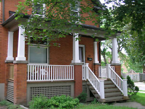 RENOVATED 3 BDRM CENTURY HOME IN UPTOWN WATERLOO
