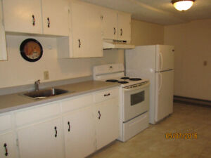 1-bedroom 139 Duke Uptown for March 1 include utilities