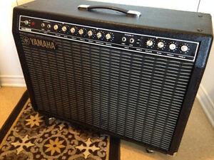 Ampli combo Yamaha Model Hundred B212  100 watts