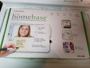 AUDIO HOMEBASE MESSAGE CENTER AND DIGITAL PICTURE FRAME