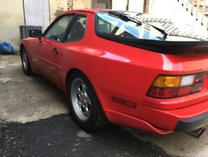 Excellent Condition 1986 944 Turbo