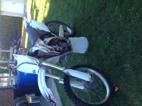 Yzf 250 2006 A1 2600$ nego