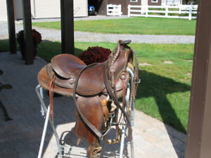 Rawhide Western Horse Saddle - Very good condition
