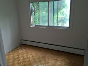 FREE RENT For up to two months in Dorval West Island Greater Montréal image 5