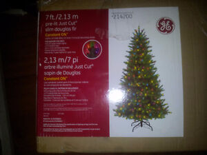 7ft./2.13m Artificial Christmas Tree with lighting system