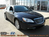 2012 Chrysler 200 Limited limited - leather seats navigation blu