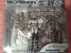 4 Very Rare Microman 2004 japanese series collectible figures