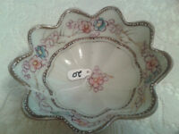 Fluted 3 footed floral and gold bowl