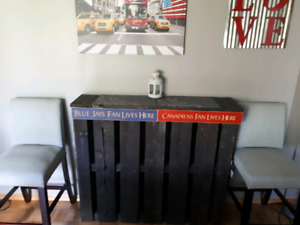 Pallet Bar with 2 stools