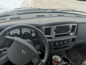 08 dodge 2500diesel with low km