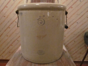 Antique Red Wing Union Stoneware Crock for sale.
