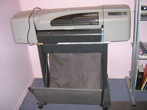 "HP Designjet 500 plotter, 24"" wide roll, with stand"
