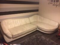 Lovely 2piece corner sofa needs gone or going to tip