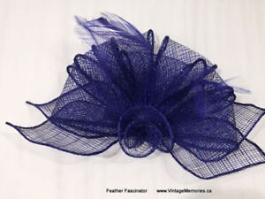 Brand New beautiful feather fascinators hair clips On Sale