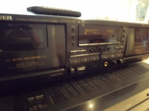 Pioneer dual cassette deck player recorder CT-W604RS Dolby