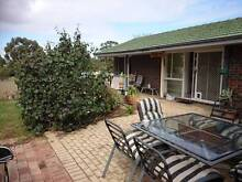 Spacious 1 bedroom Villa Easy Walk to Curtin Uni, Parks, River Wilson Canning Area Preview