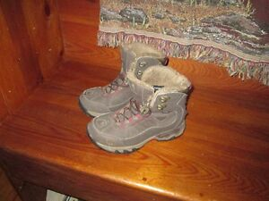 Women's NorthFace Hiking Boots for Sale