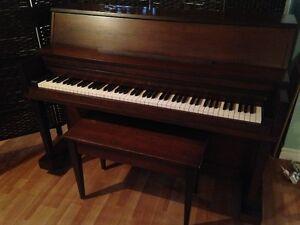 Piano Sherlock Manning