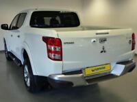 2015 Mitsubishi L 200 Double Cab DI-D 178 Warrior 4WD Auto Diesel white Automati
