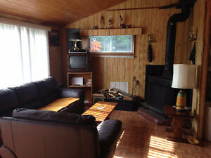 Cabin For Sale on Grand Pond in Hodewater Line, Makinsons!!!! St. John's Newfoundland image 7