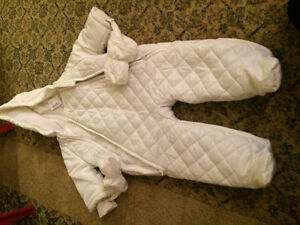 Baby's one piece snow jacket. BRAND NEW London Ontario image 1