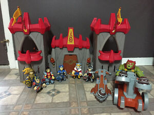 Castle and Knights play set