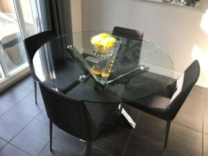 Glass/Stainless Steel Kitchen Table with 4 Chairs