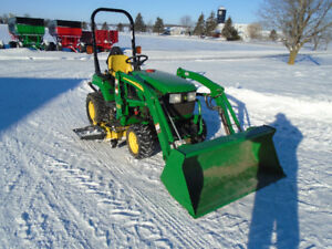 John Deere 2210 Tractor/Loader/Mower/Snowblower  284 Hrs!