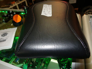 NEW Mustang Pas. Seat      recycledgear.ca Kawartha Lakes Peterborough Area image 4